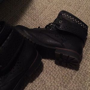Rock and candy combat boots size 7